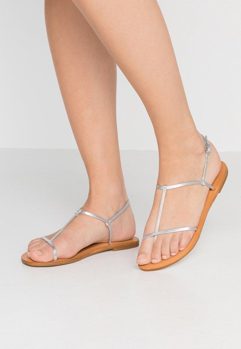 Zign - Sandaler m/ tåsplit - silver