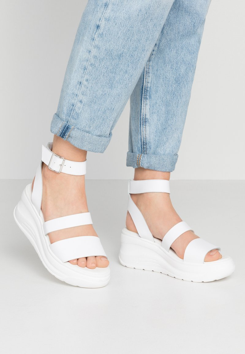 Zign - Platform sandals - white
