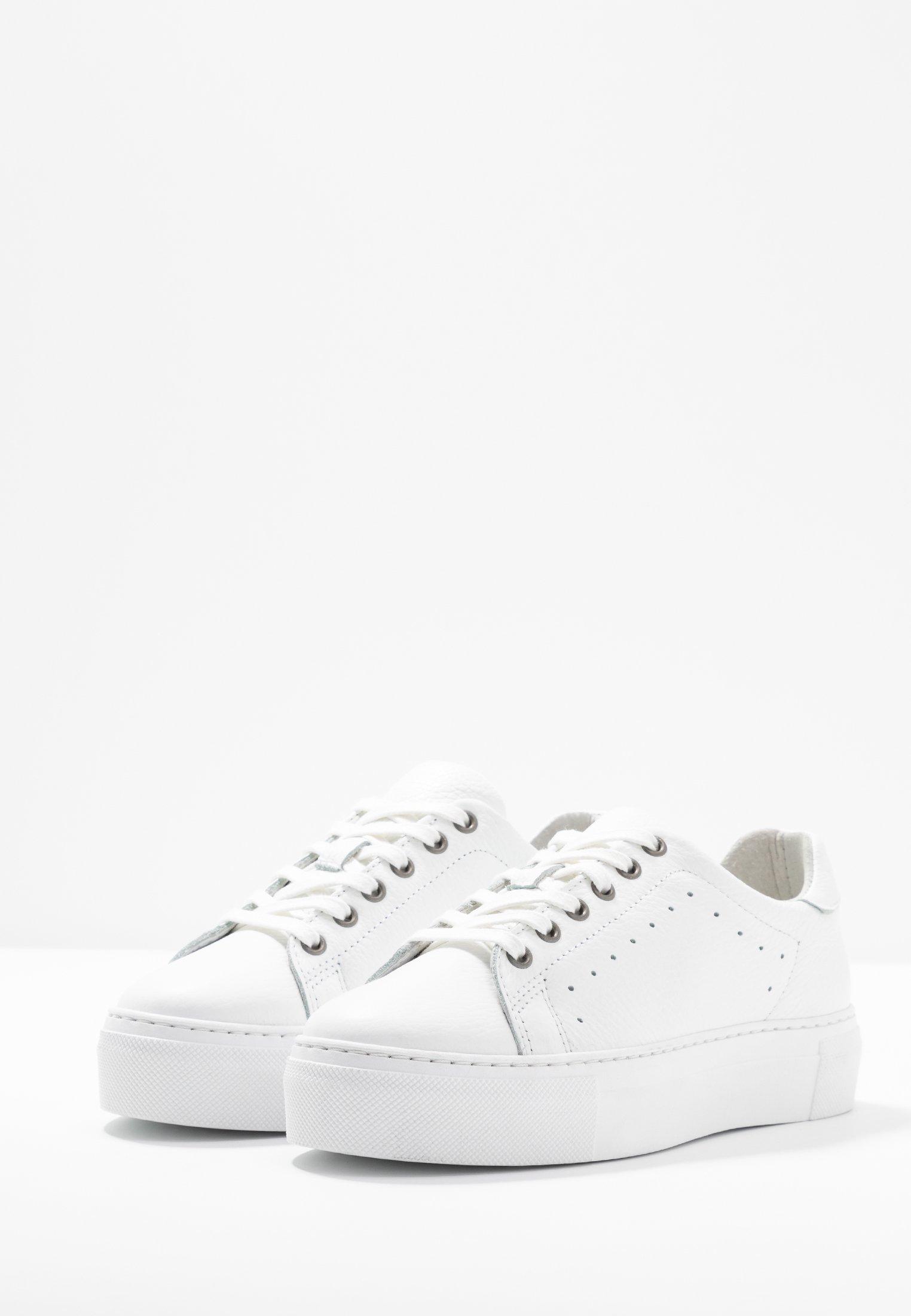 Zign Baskets basses white