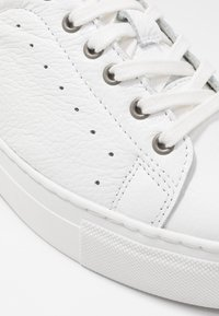 Zign - Trainers - white - 2