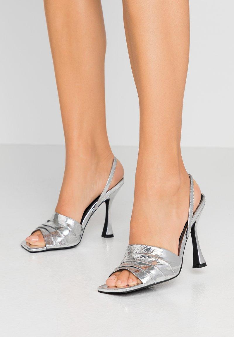 Zign - Sandály na vysokém podpatku - silver