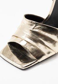 Zign - Sandály na vysokém podpatku - gold - 2