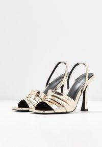 Zign - Sandály na vysokém podpatku - gold - 4