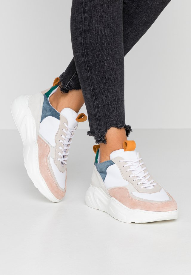 Sneakers laag - grey/white