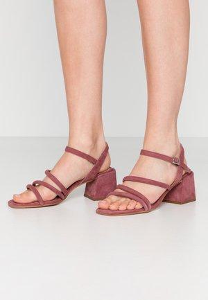 Sandaalit nilkkaremmillä - mauve