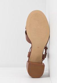 Zign - Sandals - cognac - 6