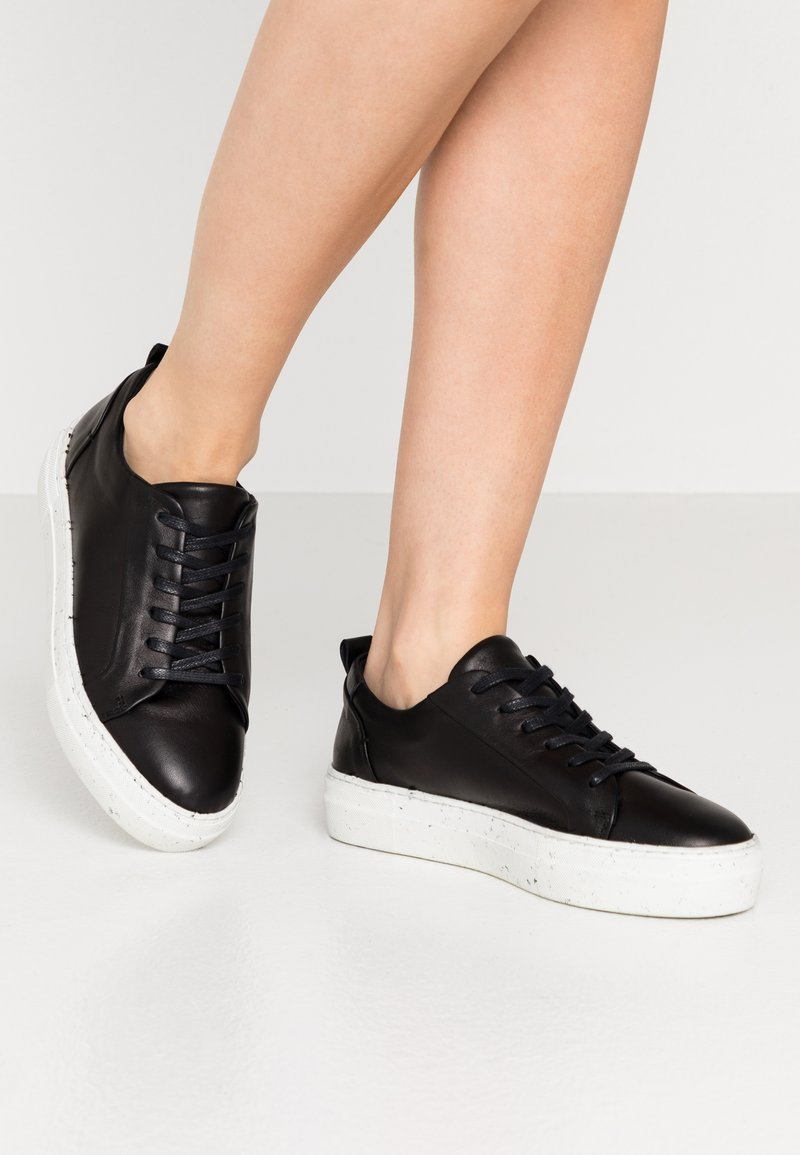 Zign - RECYCLED RUBBER SOLE - Tenisky - black