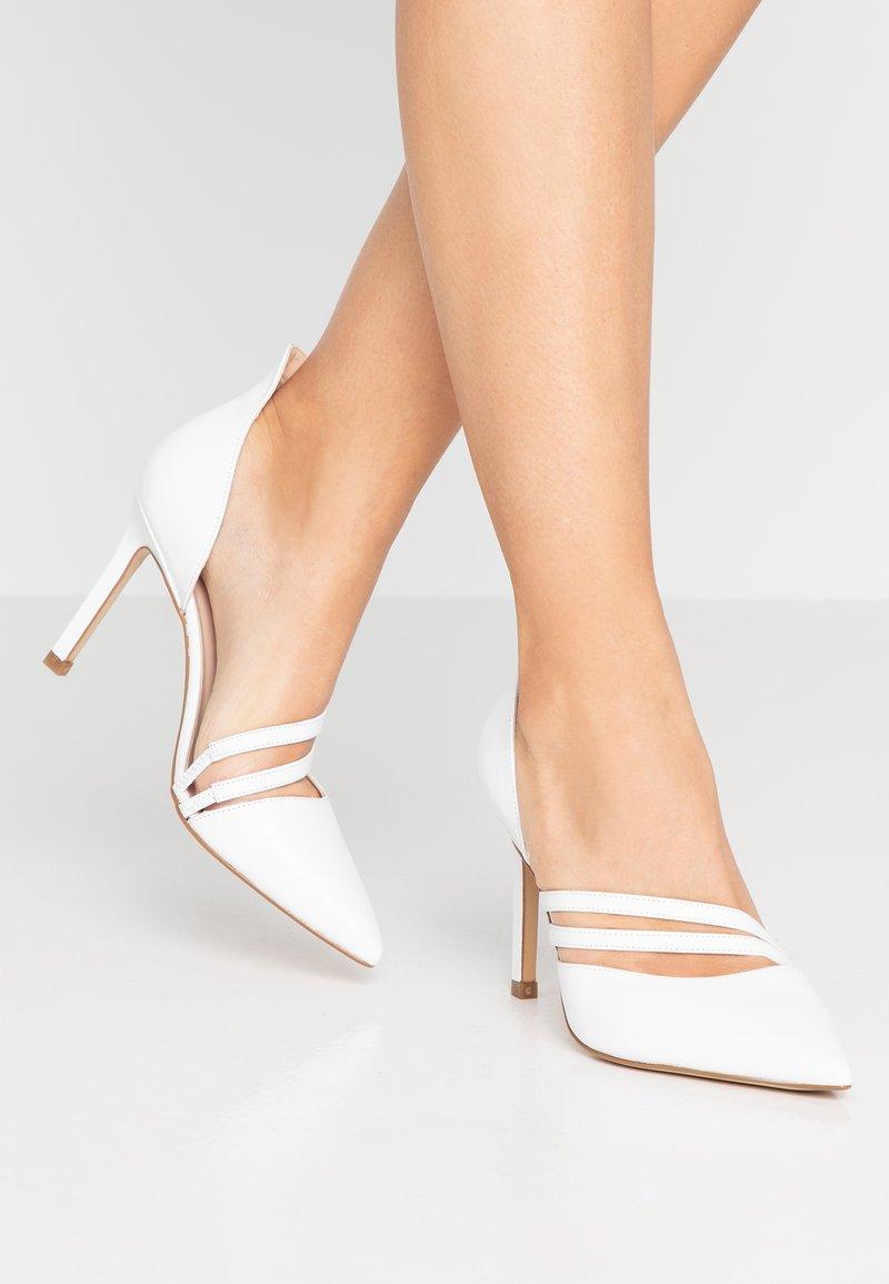Zign - High Heel Pumps - white