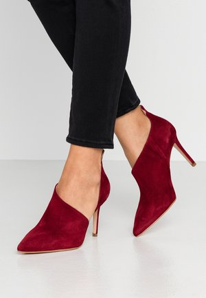 High heels - dark red