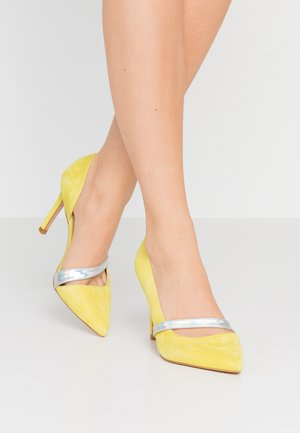 High Heel Pumps - yellow