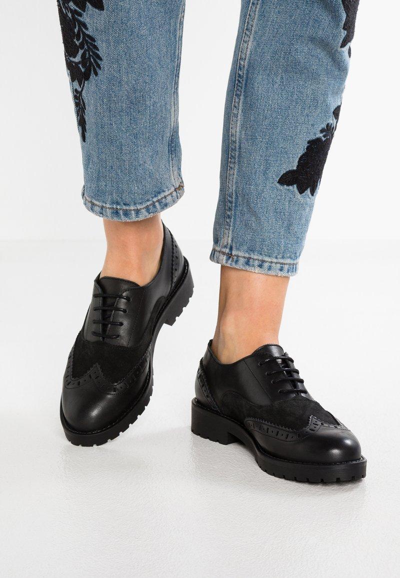 Zign - Lace-ups - black