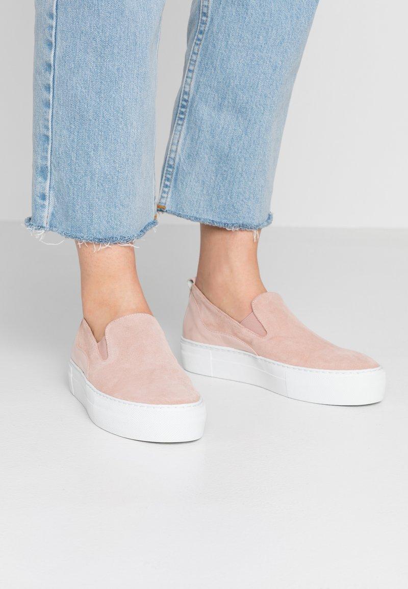 Zign - Nazouvací boty - nude