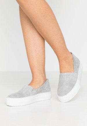 Mocassins - grey