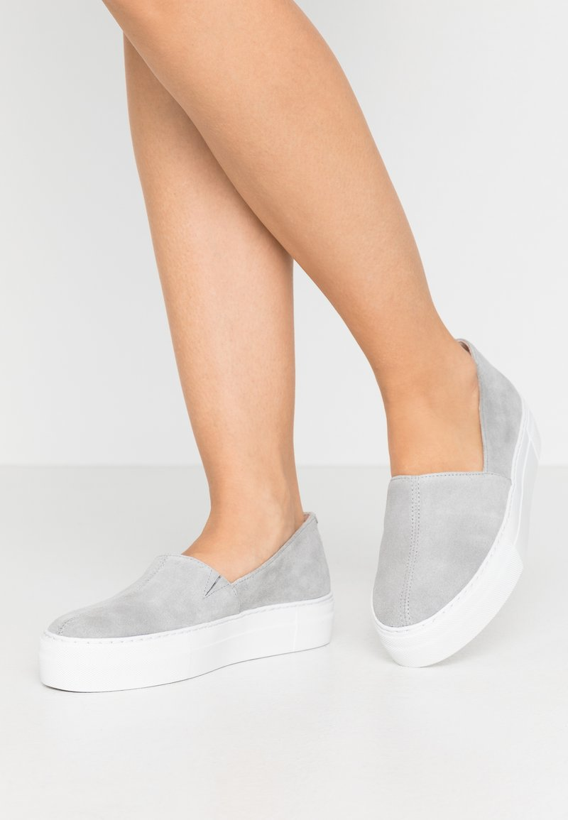 Zign - Slippers - grey