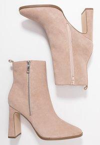 Zign - Kotníkové boty - nude - 3