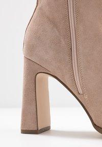 Zign - Kotníkové boty - nude - 2