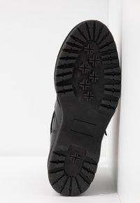 Zign - Kotníková obuv - black - 6