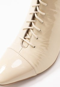 Zign - Lace-up ankle boots - offwhite - 2