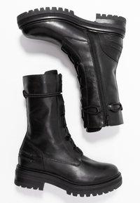 Zign - Kotníkové boty na platformě - black - 3