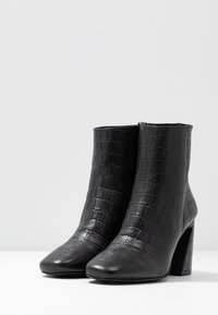 Zign - High heeled ankle boots - black - 4