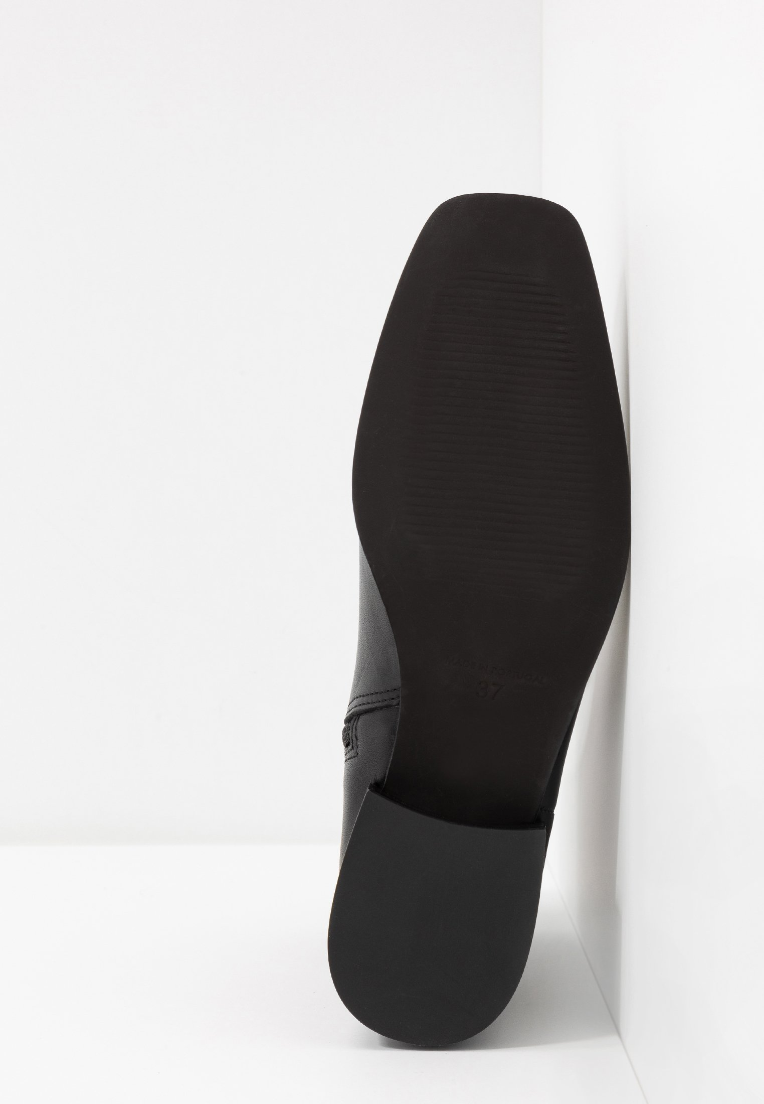 Zign Classic Ankle Boots - Black