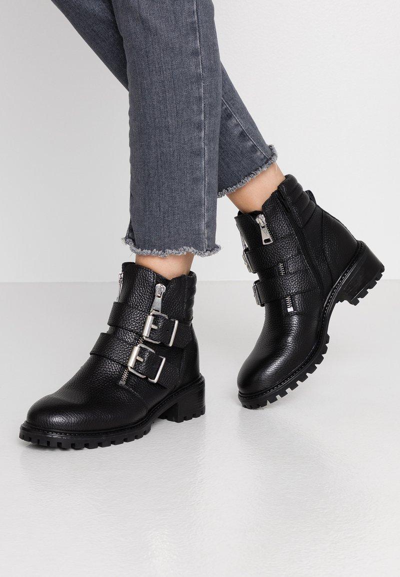 Zign - Cowboy/biker ankle boot - black