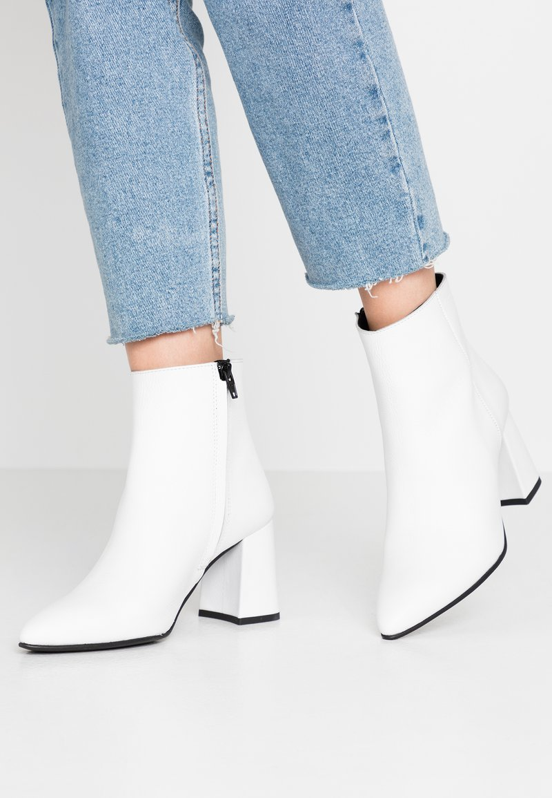 Zign - Ankelboots - white