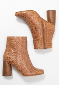Zign - High heeled ankle boots - cognac - 3