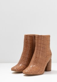 Zign - High heeled ankle boots - cognac - 4