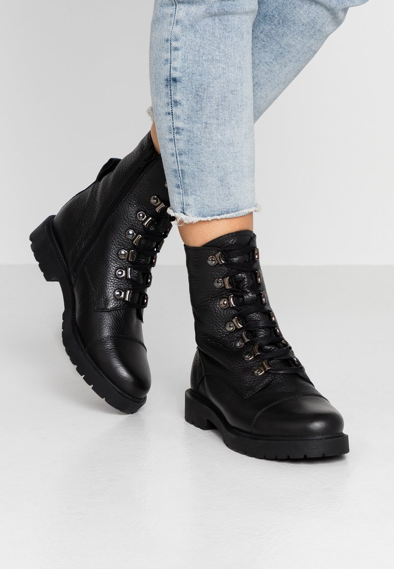 Zign - Vinterstøvler - black