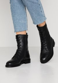 Zign - Lace-up ankle boots - black - 0
