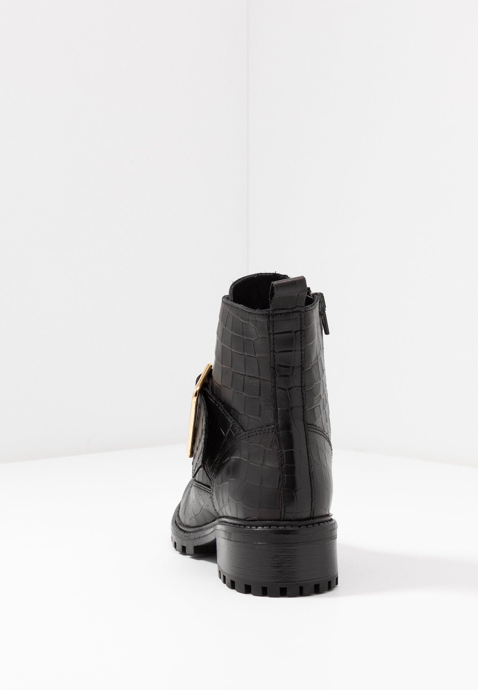 Zign Snörstövletter - black