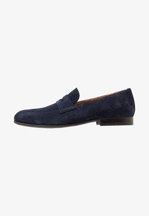 Elegantní nazouvací boty - dark blue