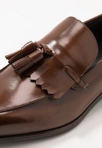 Zign - Scarpe senza lacci - brown - 5
