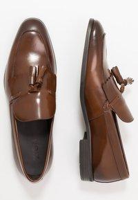 Zign - Scarpe senza lacci - brown - 1