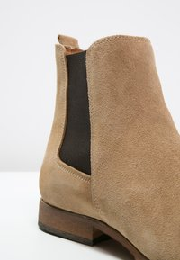 Zign - Classic ankle boots - beige - 5