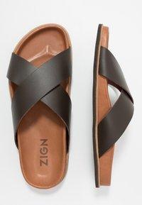Zign - Pantofle - brown - 1