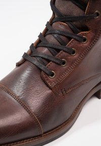 Zign - Lace-up ankle boots - cognac - 5