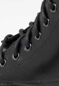 Zign - Šněrovací kotníkové boty - black - 5