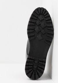 Zign - Šněrovací kotníkové boty - black - 4