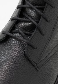 Zign - Bottines à lacets - black - 5