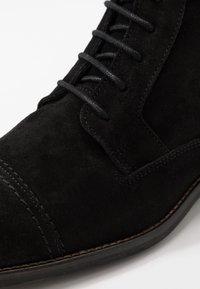 Zign - Botines con cordones - black - 5