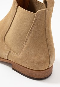 Zign - Classic ankle boots - sand - 5