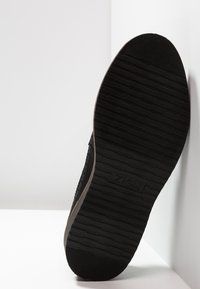 Zign - Casual lace-ups - black - 4