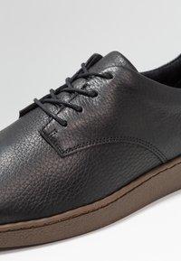 Zign - Volnočasové šněrovací boty - black - 5