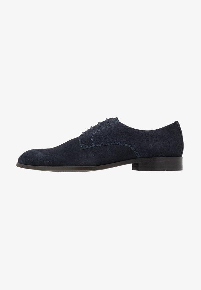 Derbies & Richelieus - dark blue