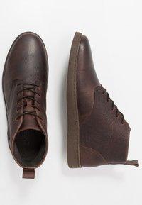 Zign - Šněrovací kotníkové boty - brown - 1