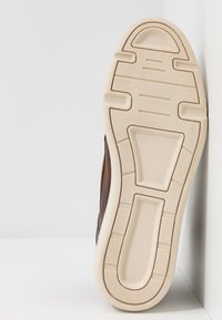 Zign - Sneakersy wysokie - cognac - 4