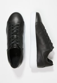 Zign - Matalavartiset tennarit - black - 1