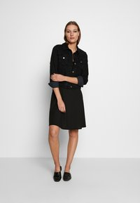 Zign - SPAGHETTI MIDI DRESS - Jerseykjole - black - 1